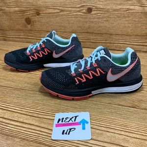 Nike Zoom Vomero 10 Running Shoes size 8.5
